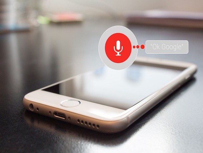marketing-SEO-para-búsqueda-por-voz-móvil-google-